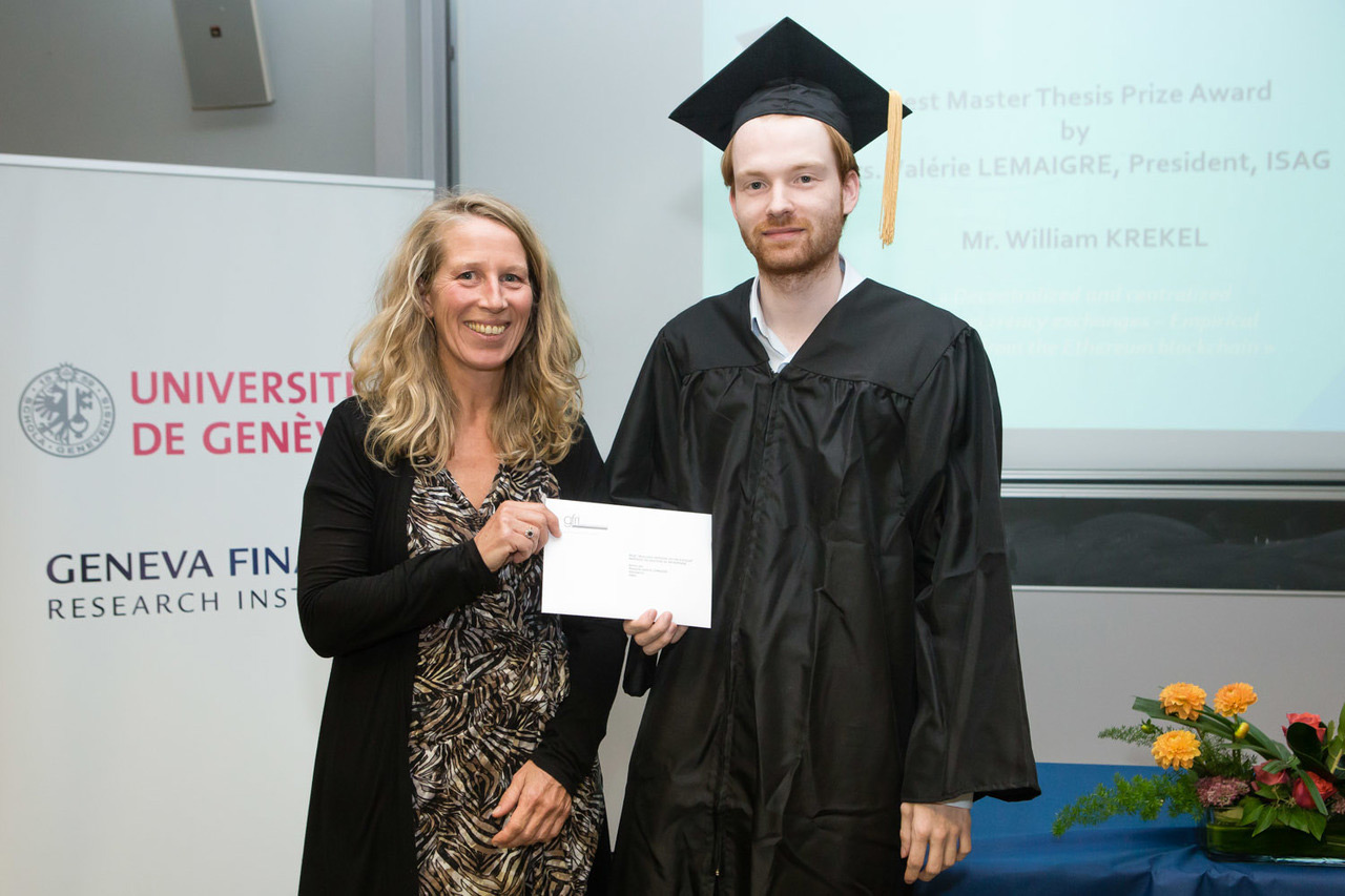 The best master thesis prize is sponsored par ISAG and awarded by Mrs. Valérie LEMAIGRE, ISAG President""
